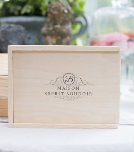 WOOD BOX 15X23 SIGNATURE + EMPLACEMENT USB
