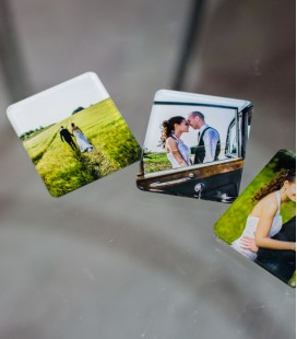 PLEXI PHOTO MAGNET 7x7 _12 exp